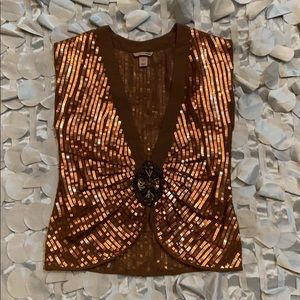 Brown chiffon with copper square sequins vest.